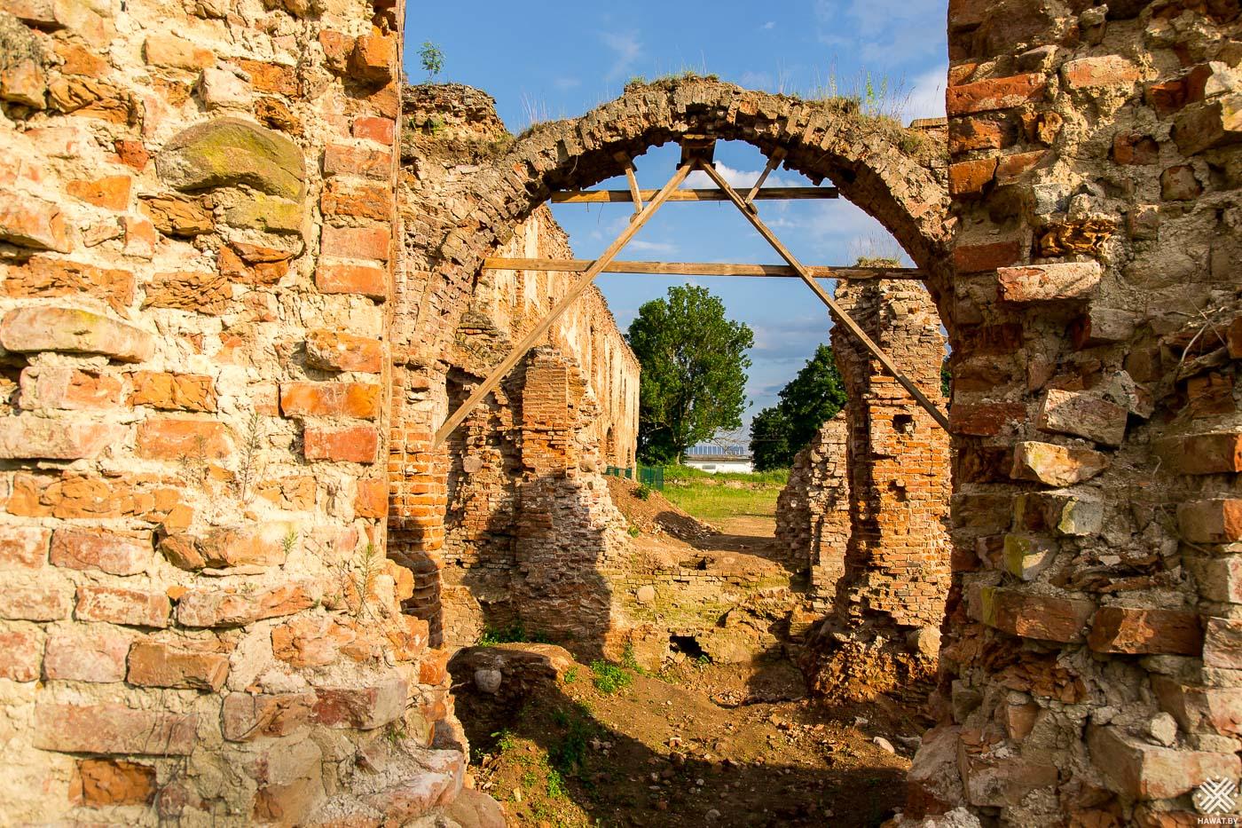 гольшанский замок фото созданы